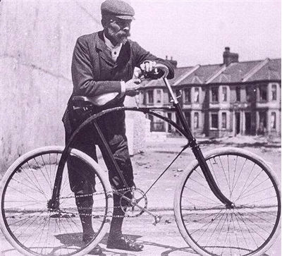 Picture Of Bicycle At The Start Of The 20th Century