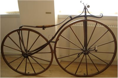 Picture Of Bicycle Serpentine Frame 1865
