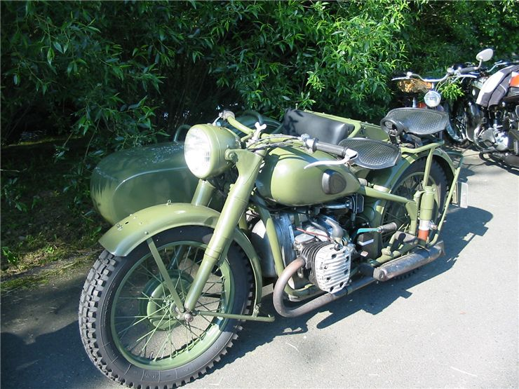 Picture Of Green Veteran Motorcycle