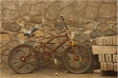 Picture Of Old Rusty Bicycle