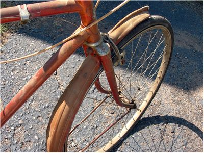 Picture Of Rusted Bicycle