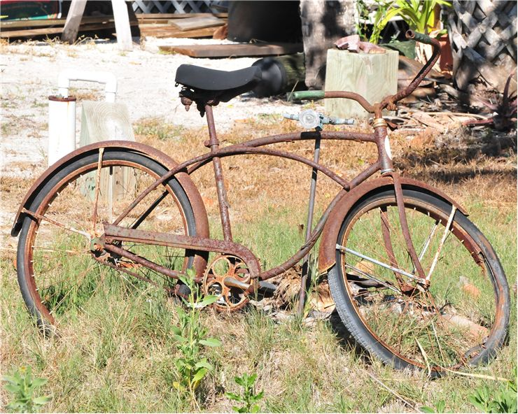 Picture Of Rusty Bicycle